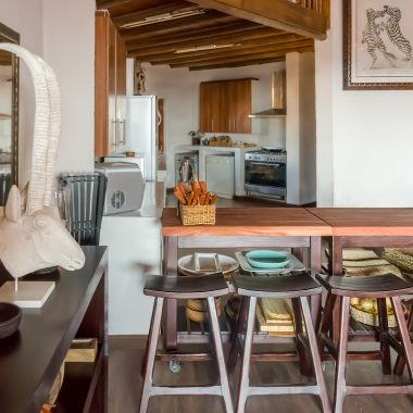 Idwala View Fully Equipped Kitchen, Self-Catering, 5 Star, Luxury Mabalingwe Lodge
