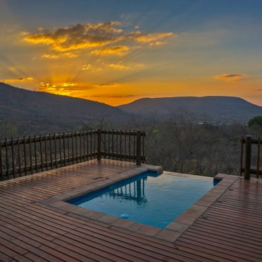 Idwala View Vacation Rental Swimming Pool, Self-Catering, 5 Star, Luxury Mabalingwe Lodge