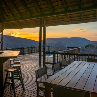 Idwala View Holiday Rental Sunset Views, Self-Catering, 5 Star, Luxury Mabalingwe Lodge