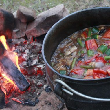 Idwala View South African Safari Vacation Potjie, Self-Catering, 5 Star, Luxury Mabalingwe Lodge