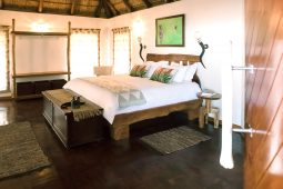Spacious Idwala View, Accommodation, En-suite, Luxurious, Safari, Zebra Room